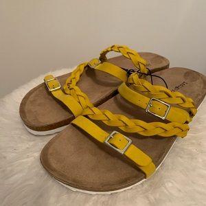 Indigo Rd skylar strappy sandals size 10